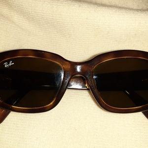 Rayban sunglasses women's tortoise.